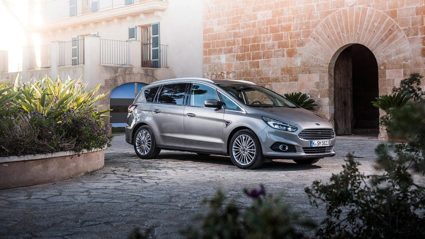 ford s max vignale leasing f r 349 euro im monat. Black Bedroom Furniture Sets. Home Design Ideas