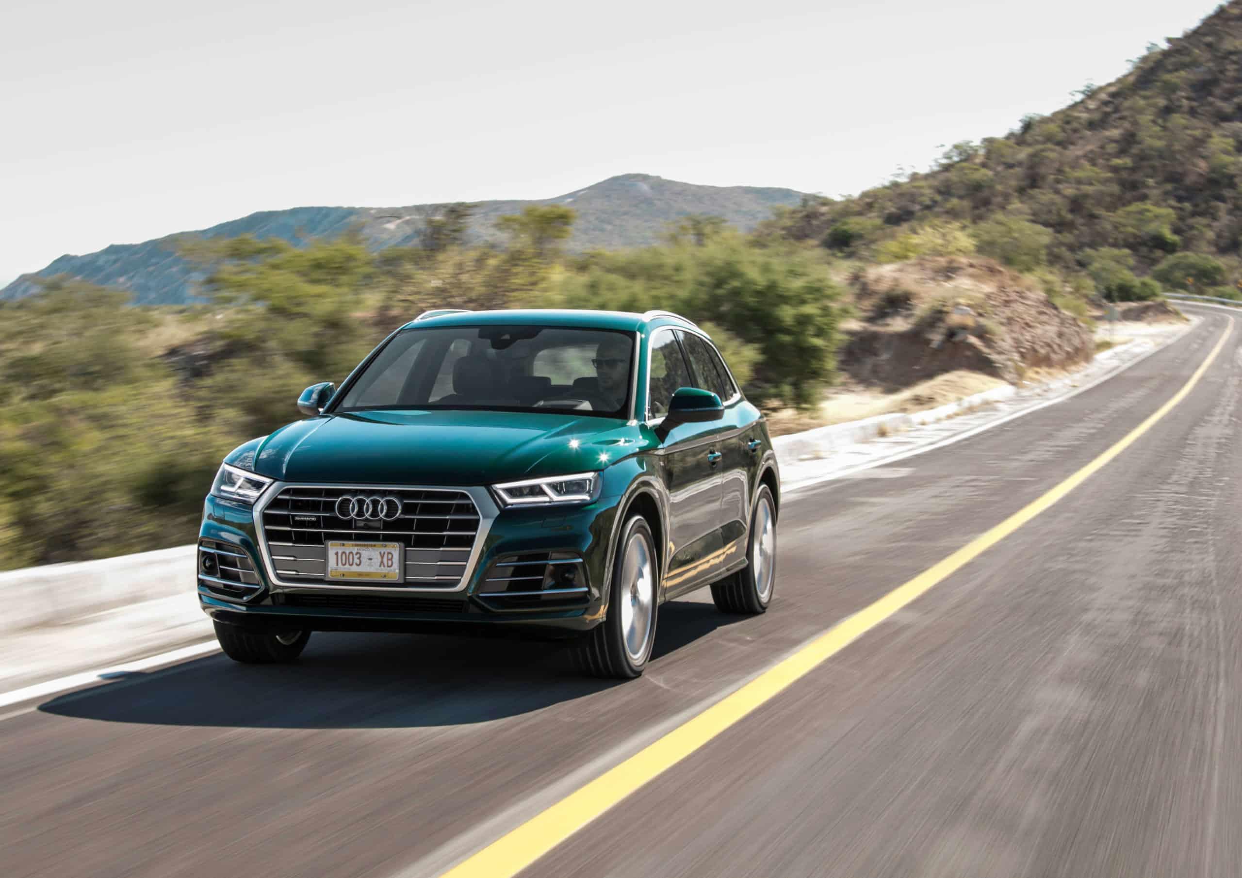 Audi Q5 Sport 2.0 TDI quattro AHK