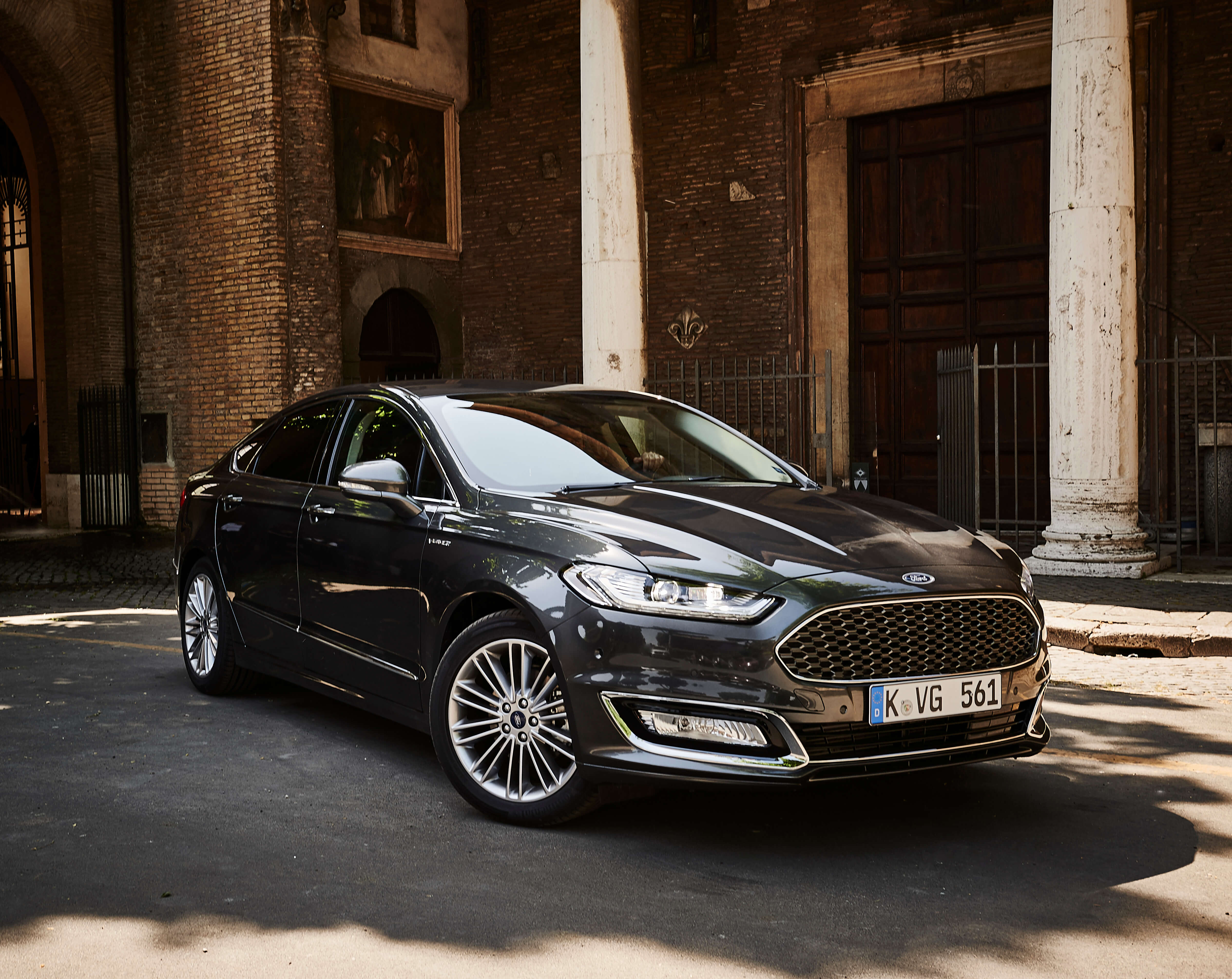 ford mondeo 2 0 hybrid vignale leasing f r 333 euro brutto. Black Bedroom Furniture Sets. Home Design Ideas